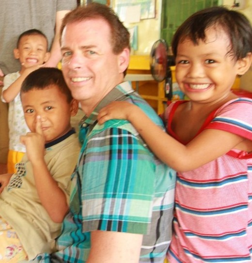 Terry Barrett, VP of Information Technology for Benco Dental, visits Virlanie's Marco Polo Care Center in the Philippines. The street children transition program is one of Virlanie's most important programs.