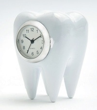 Denitist_Tooth_Miniature_Clock