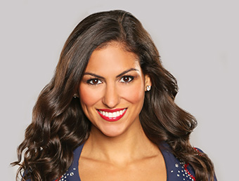 Melanie Sanches, D15 and New England Patriots Cheerleader (Photo taken from Tufts University, School of Dental Medicine)