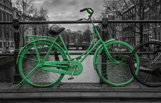 Green bicycle_187483670
